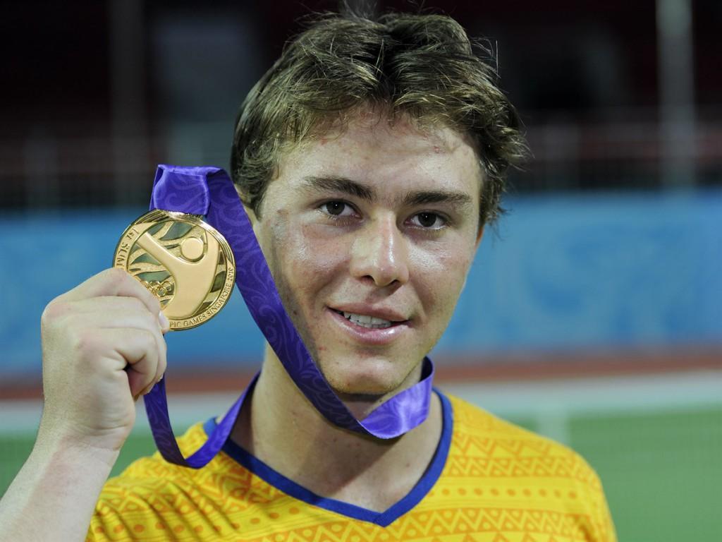 Campeão em Cingapura, o colombiano Juan Sebastian Gomez aparece atualmente apenas no 1.572º lugar do ranking da ATP