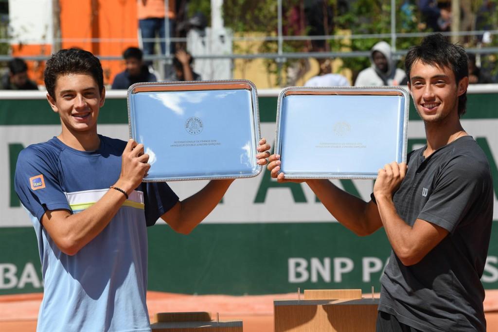 Matheus Pucinelli conquistou o título ao lado do argentino Thiago Tirante (Foto: Martin Sidorjak/ITF)