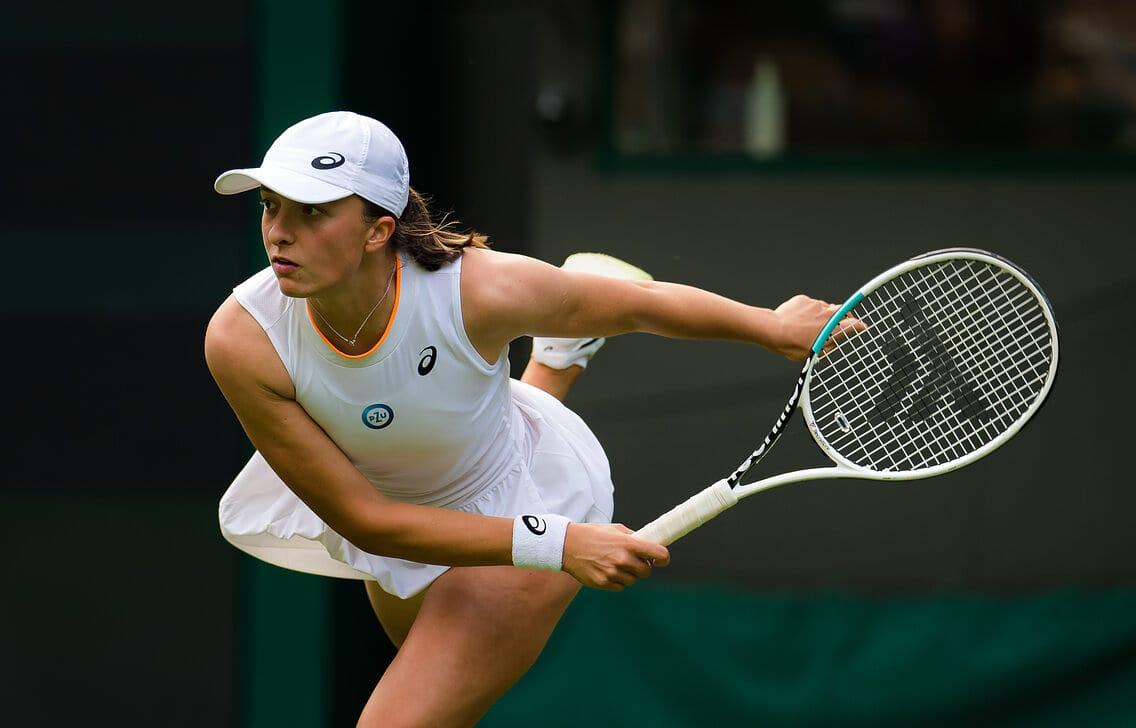 Swiatek disputa a chave principal de Wimbledon pela primeira vez aos 20 anos