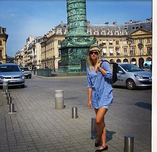 Sharapova se apaixona por uma boina em Paris