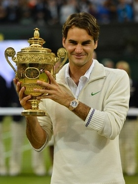 2012/federer/0708_wimbledon_trofeu_int.jpg