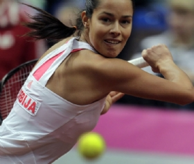 2012/ivanovic/0422_fedcup_back_int.jpg