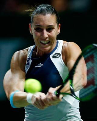 2015/pennetta/1027_finals_back_int.jpg